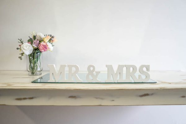 $10 Mr & Mrs Sign