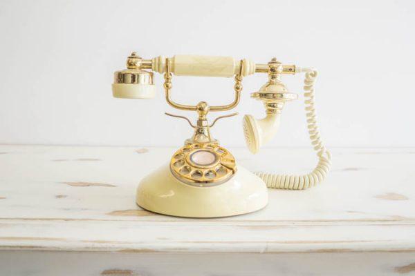 $15 Vintage Telephone