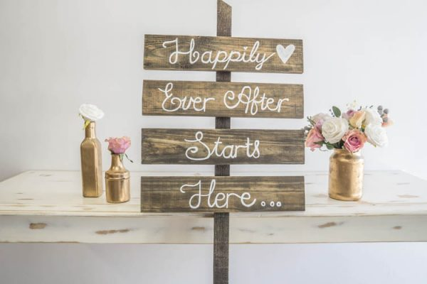 $20 Happily Ever After Sign