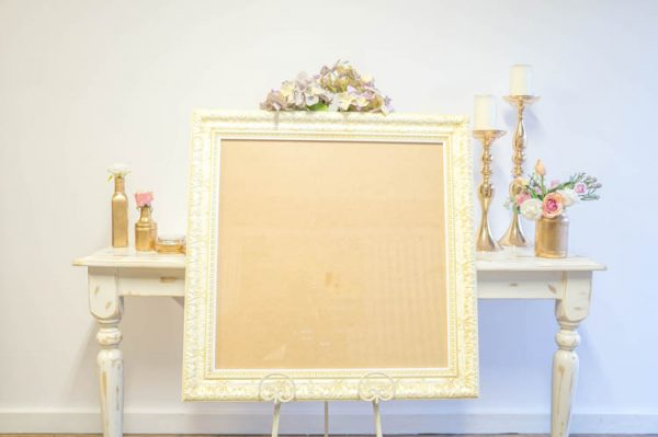 $20 Large Ivory Detailed Frame