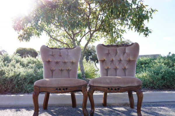 $25 Per Latte Vintage Chair